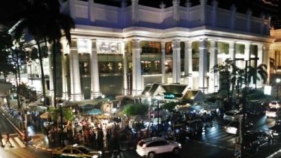 曼谷自由行著名四面佛廟