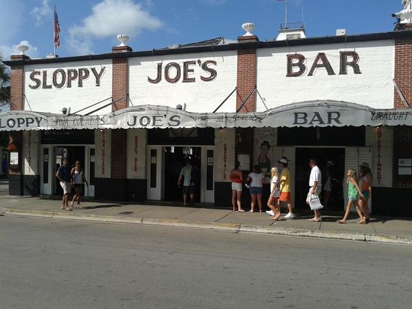 佛羅里達自由行~Key West街上海明威常光顧的酒吧