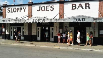 佛羅里達自由行Key-West街上海明威常光顧的酒吧
