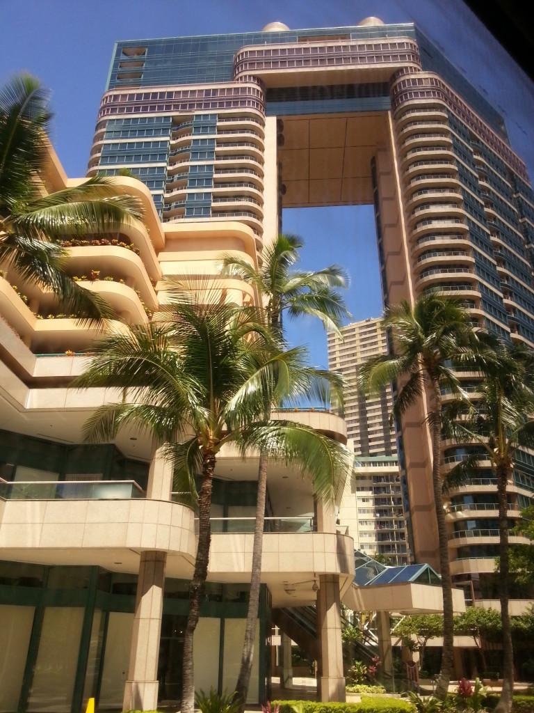 夏威夷自由行~高級飯店管理嚴格,旅客通常不用擔心服務人員不誠實的狀況。
