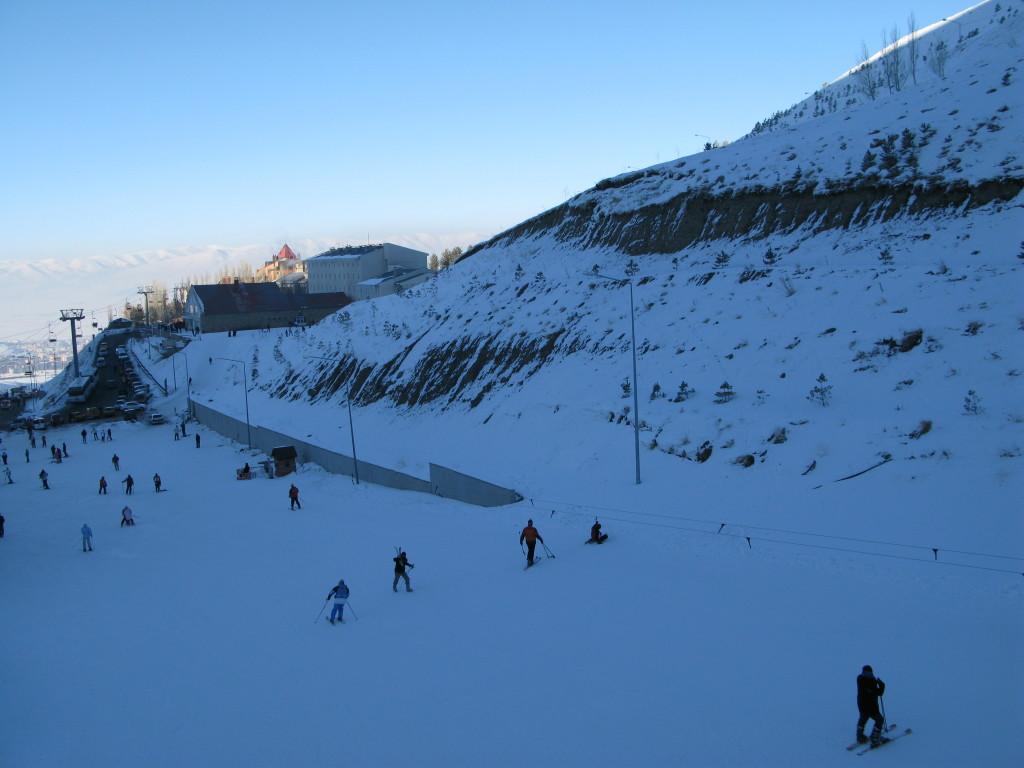 土耳其旅遊必訪的滑雪場~帕拉度侃滑雪中心(Palandoken)